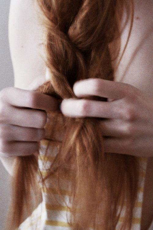 Ana Kras Suna, making a braid