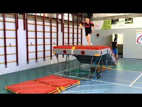 parcours springen gymles - YouTube