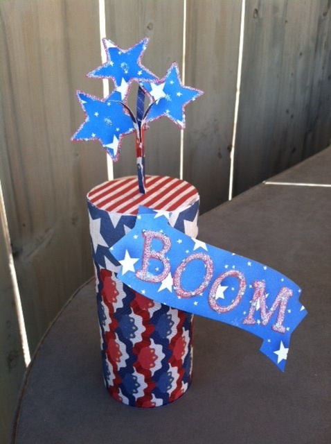Cute Firecracker Box made by Kim!  So perfect for the Holiday!!  STARS AND STRIPES SVG KIT.