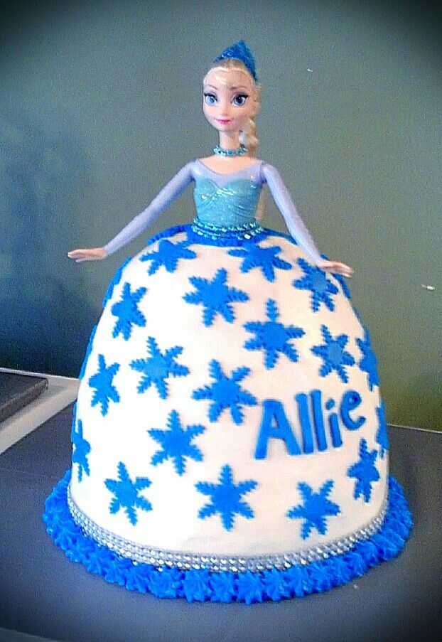 Elsa birthday cake, Elsa and Birthday cakes on Pinterest