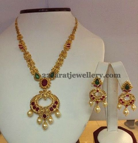 Uncut Necklace with Chandbali Pendant