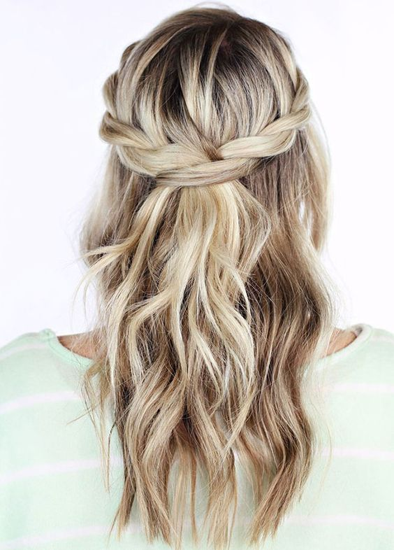 go for a run with this haircut! just a sporty braid!