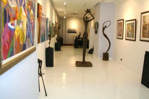 Mayfair Gallery- 086
