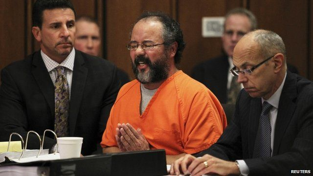 BBC News - Cleveland abductor Ariel Castro being sentenced