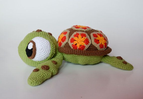 **Please note, this listing is for the PATTERN only, not the finished toy!**  Squirt - sea turtle from Finding Nemo Disney / Pixar animated movie.  Turtle when finished is 30 cm (12 inches) from head to the end of back legs, also he is the cutest little toy I have ever made! :) I am totally in love - Hope You will be too!  This 16 page PDF tutorial contains many photos and detailed instructions on how to crochet the toy. It is written in English with standard crochet terms. It contains 1…