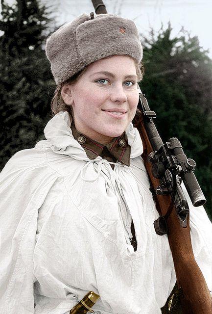 Роза Шанина (1924–1945), советский снайпер во время Великой Отечественной войны. Roza Shanina (1924–1945), a Soviet sniper during World War II, credited with 59 confirmed hits, including twelve snipers.