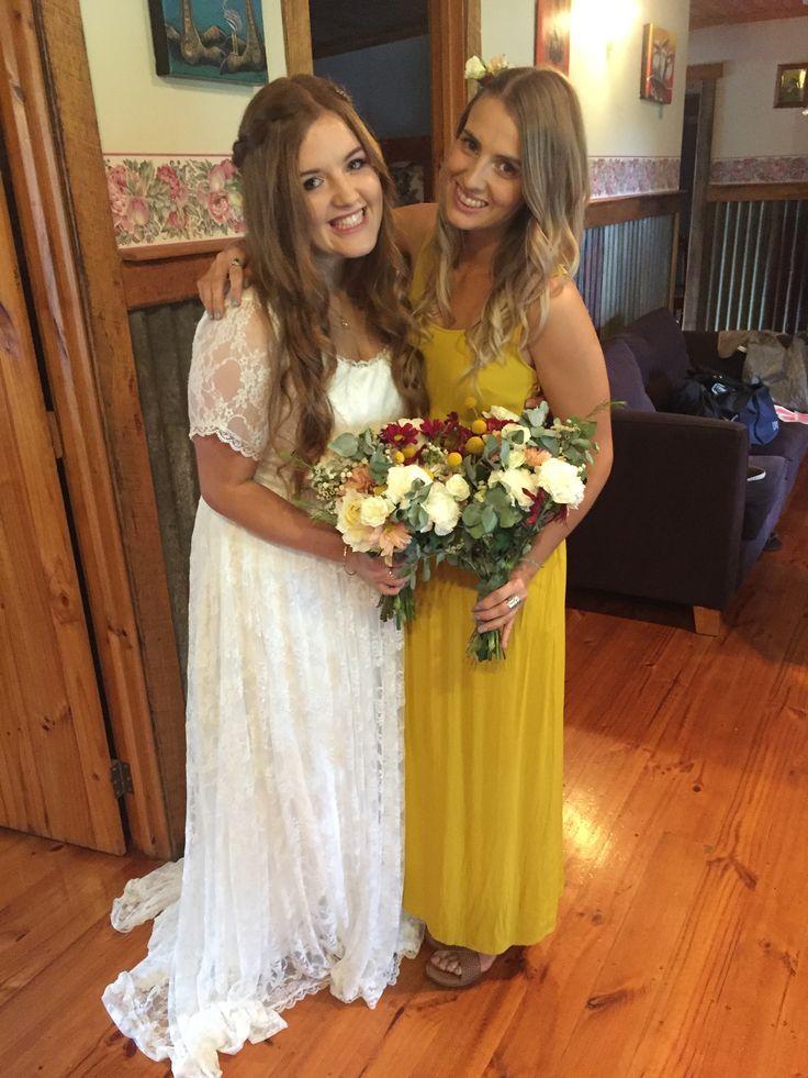 Yellow bridesmaid #yellowdress #weddingdress