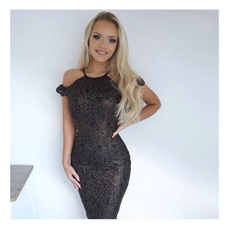 Becca slayin' in our gold bodycon dress..✨Was £55 and now only £29.99!! Search code 'D1467GOLD' #axparis #axp #AXPGIRL