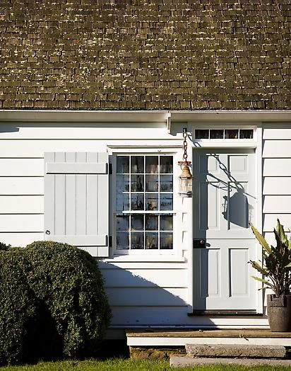 Steven Gambrel Love the paint colour and wooden shutter