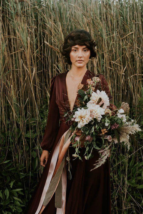 Ribboned moody bridal bouquet | Allison Markova Photography