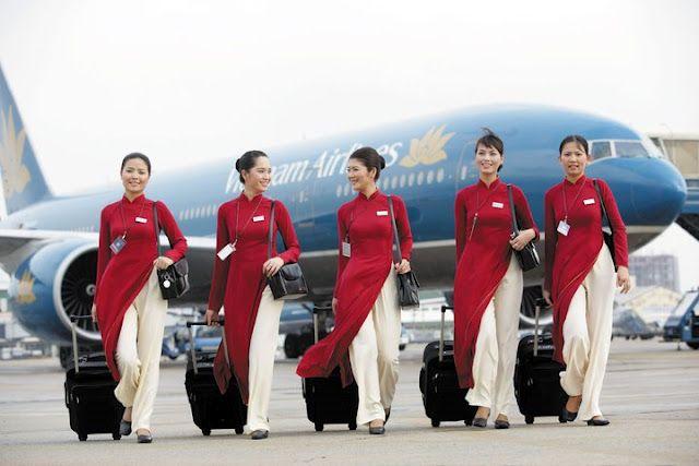 Vietnam Airlines cabin crew uniform.