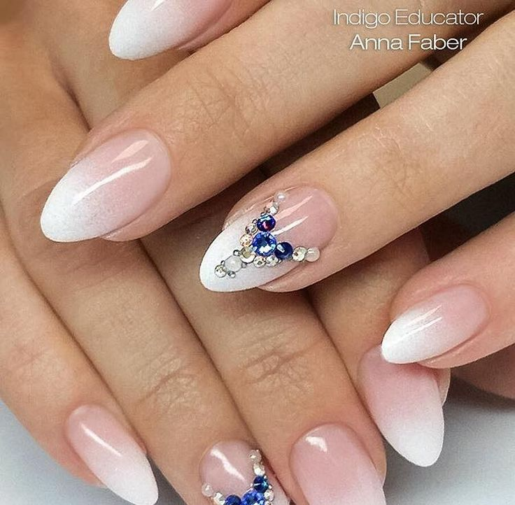 Babyboomer - NailArt White + Cover no. 1 + BlingBling by Indigo Educator Anna Faber #nails #nail #ombre #french #natural #white #classy #indigo #crystal