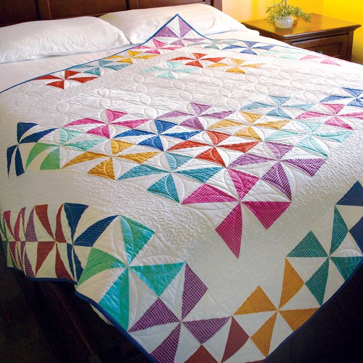25+ unique Pinwheel quilt ideas on Pinterest Pinwheel quilt pattern, Quilting ideas and Quilt ...