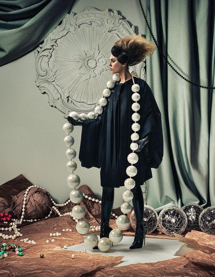 Schon magazine, big bead necklace for photo shoots, paper mache.