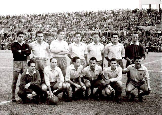 EQUIPOS DE FÚTBOL: LAS PALMAS contra Barcelona 16/02/1955