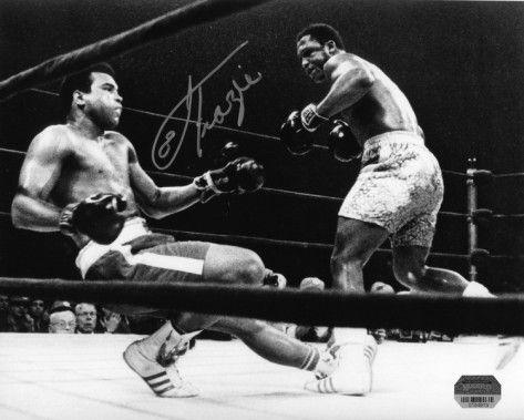 Joe Frazier - Knocking Down Muhammad Ali