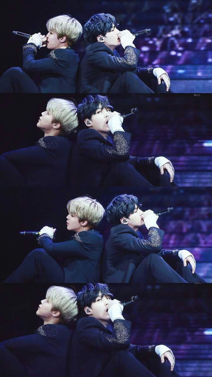 Y'all need to stop for real. Yoongi and my bias Jimin. Yoongi wrecking my bias again!