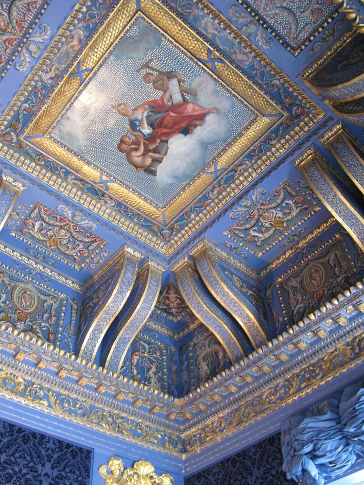 Chiswick House, London - Ceiling of the Blue Velvet Room - painted in imitation of mosaic (viaLondonTown.com)