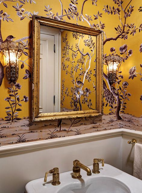brooklyn-brownstone-great-homes-wallpaper-bathroom-antiques-furniture