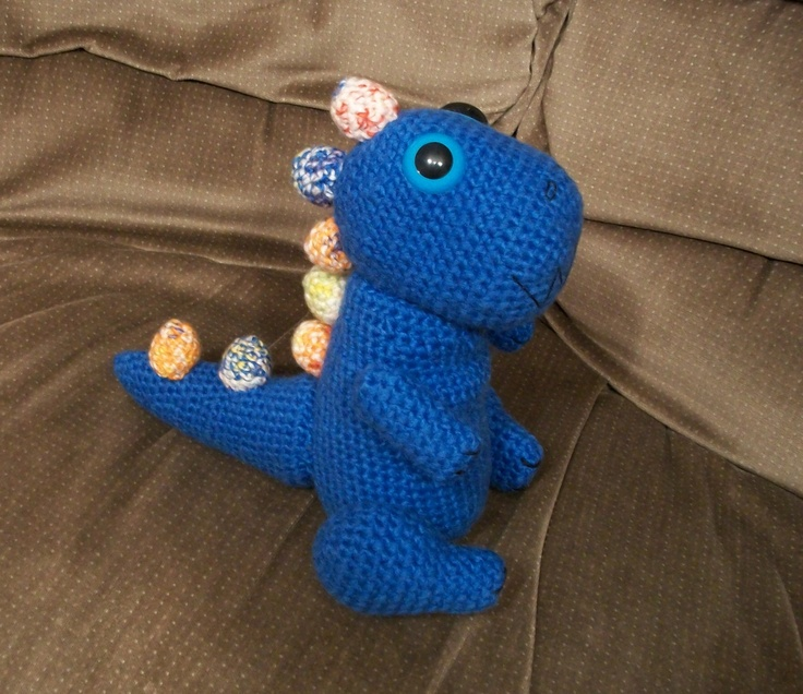 Crochet Dinosaur (use single crochet where it says to use double to get correct proportions)