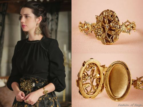 "Reign 3x10, Mary wears this Miss Ellie via BHLDN ""English Locket"" bracelet"