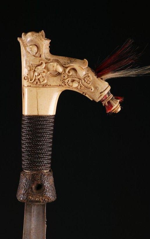 INDO537: Dayak Mandau Sword