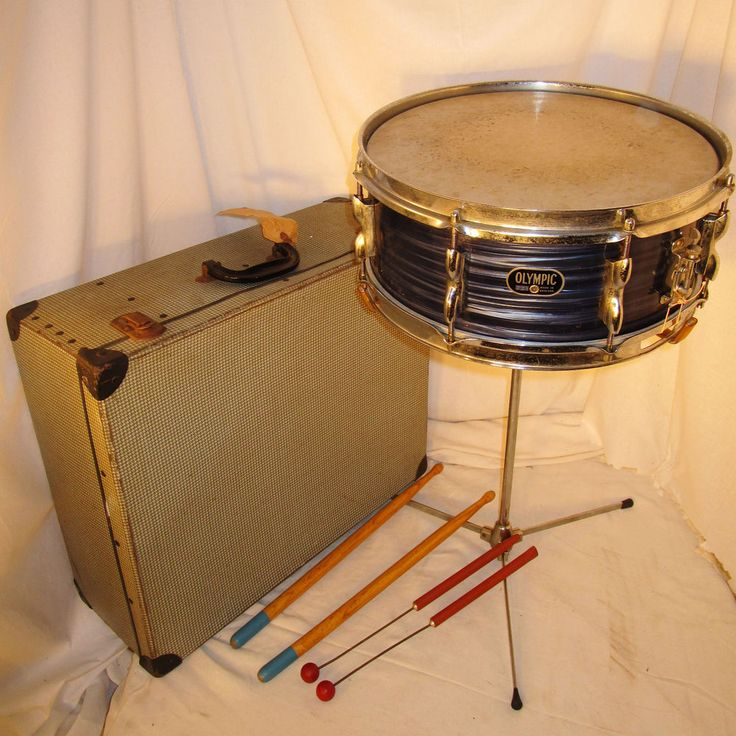 vintage 60s 70s olympic premier snare drum with stand case sticks and brushes. Black Bedroom Furniture Sets. Home Design Ideas