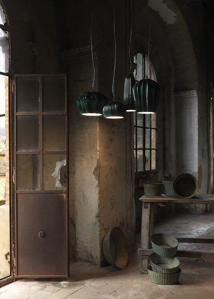 Karman presenta Sahara, la collezione di lampade in ceramica