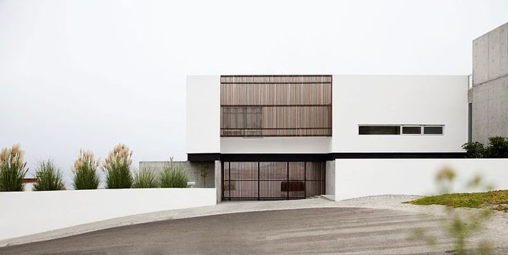 Casa Real del Mar by Gracias Studio | HomeDSGN, a daily source for inspiration and fresh ideas on interior design and home decoration.