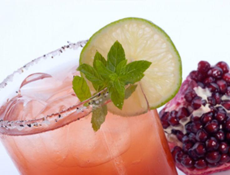 Pomegranate, arak and mint drink   Mixology   Pinterest   Pomegranates ...