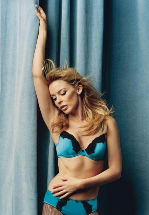 Kylie minogue dating now