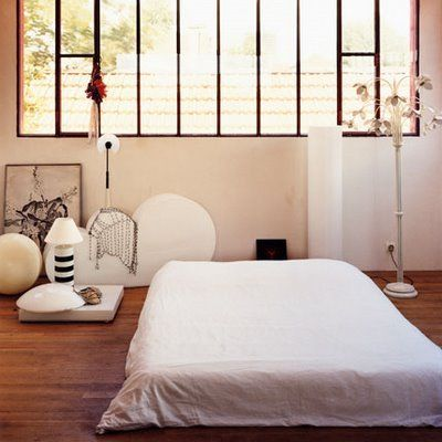 The 6 Bare Essentials For A Peaceful Bedroom