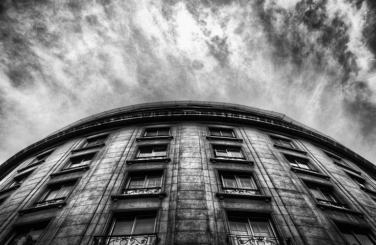 Santiago de Chile - https://www.instagram.com/manuelvenegasb/