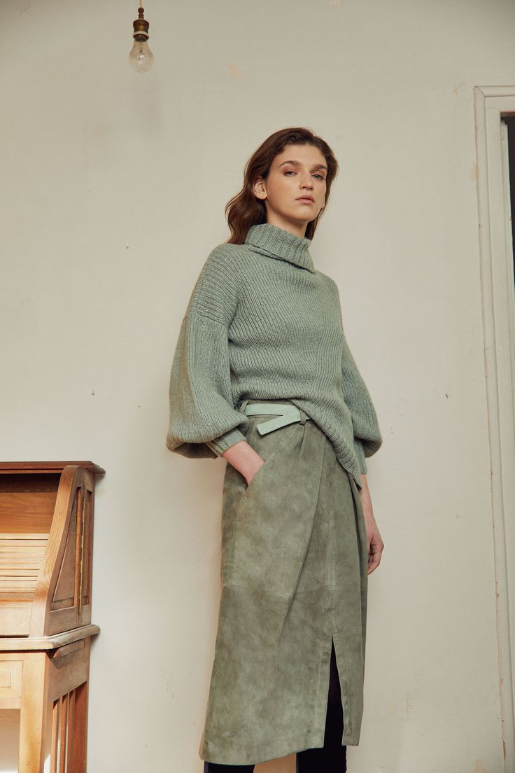 Alejandra Alonso Rojas Fall 2017 Ready-to-Wear Collection Photos - Vogue