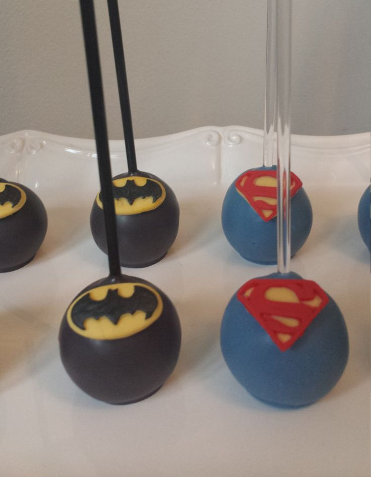 Batman vs Superman Inspired Cake Pops, Dawn of Justice, Super hero cake pops, Batman versus superman by SweetSetups on Etsy