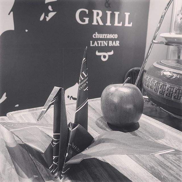 お客様よりツルの折り紙いただきました。ありがとうございます。😋また来てね〜😋 #grillchurrasco #ブラジル #osaka #umeda  #chayamachi #grill #茶屋町 #梅田  #肉美人 #肉  #シュラスコ  #食べ放題 #バイキング #美人 #ランチ #お誕生日  #女子会  #チーズ  #churrasco #Carnes #Almoco #Janta #Gostoso  #cheese