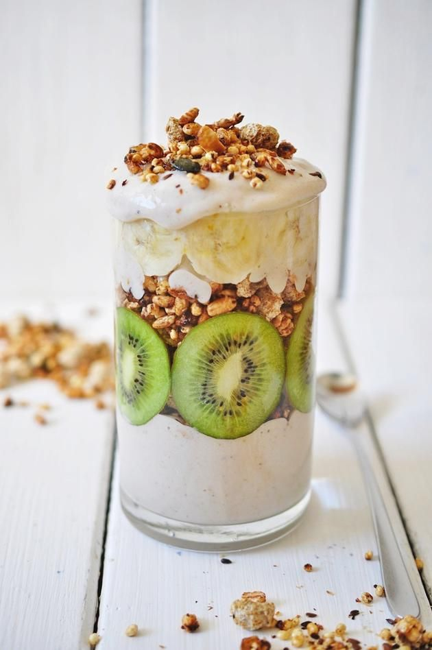 Kiwi-Banana Granola Parfait with Banana Cream