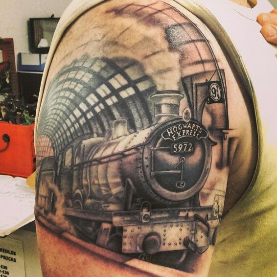 best hogwarts express tattoo ever hp tattoos pinterest hogwarts and tattoos and body art. Black Bedroom Furniture Sets. Home Design Ideas