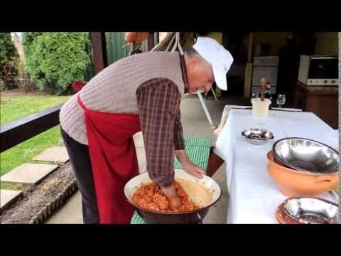 Bogácsi töltött káposzta készítése Szajlai Sándor receptje alapján - YouTube
