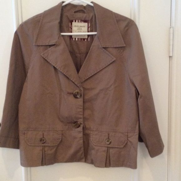 FINAL DISCOUNT Old Navy Blazer Perfect condition! 3/4 length sleeve and lots of unique details! Old Navy Jackets & Coats Blazers