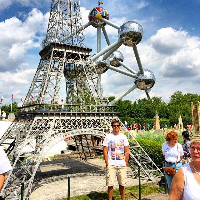 Mini Europe and The Atomium, Brussels, Belgium. #torreeiffel #eiffeltower #paris #france #brussels #bruxelles #bruxelas #belgium #atomium #europe #minieurope #atomium #bruxelles #brussels #brussel #expo #exposition #exhibition #tentoonstelling #musée #museum #musea #visite #visit #bezoek #tourism #tourisme #toerism #attraction #attractie #atomium #architecture #architectuur #whattodo #quefaire #wattedoen #landmark #symbol #symbole #symbool #panorama #minieurope #mini #europe #europ #oceade