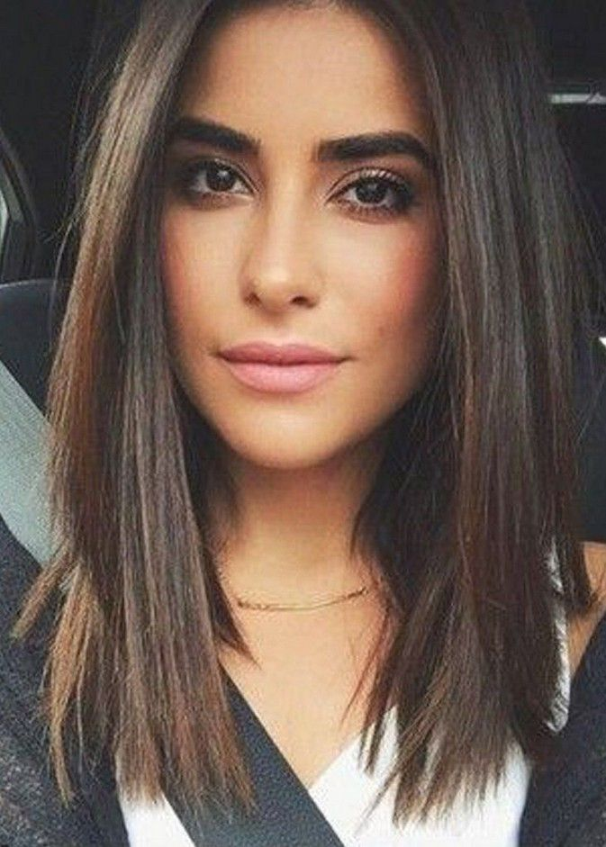 40 Best Medium Straight Hairstyle For Women In 2020 In 2020 Thick Hair Styles Short Straight Hair Long Hair Styles