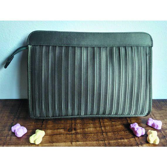 Vintage Francesco Biasia evening bag