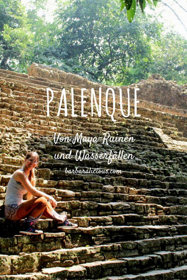 Palenque ist eine archäologische Ausgrabungsstätte mit Maya-Ruinen, die mitten im Regenwald liegt. Die Stadt wurde auf Terrassen angelegt und von ihr sind erst 5 Prozent freigelegt. Der Rest verbirgt sich noch unter dem Wald, der über die Ruinen gewachsen ist.