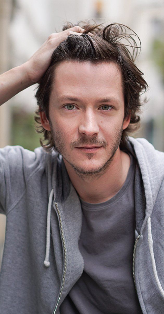 Mathieu Simonet, Actor: Ocean's Twelve. Mathieu Simonet was born on May 1, 1975 in Neuilly-sur-Seine, Hauts-de-Seine, France. He is an actor and producer, known for Ocean's Twelve (2004), Days of Glory (2006) and Merci pour le Chocolat (2000).