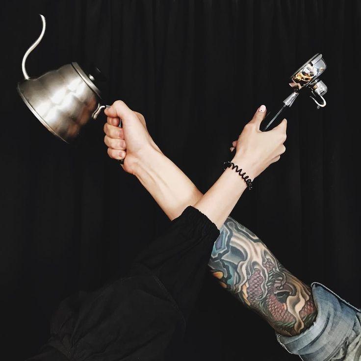 Черной пятнице быть! По традиции уже ждем вас завтра на черный кофе от @chernyicooperative  Выпить завтра черный кофе бесплатно можно у ребят в кофейне на Покровке у нас на наб. канала Грибоедова 43 и в Череповце (в кофейне Эспрессо бар 6/4). #blackcoffee #blackfriday #coffee #spb #specialtycoffee #coffeespb #спб #чернаяпятница