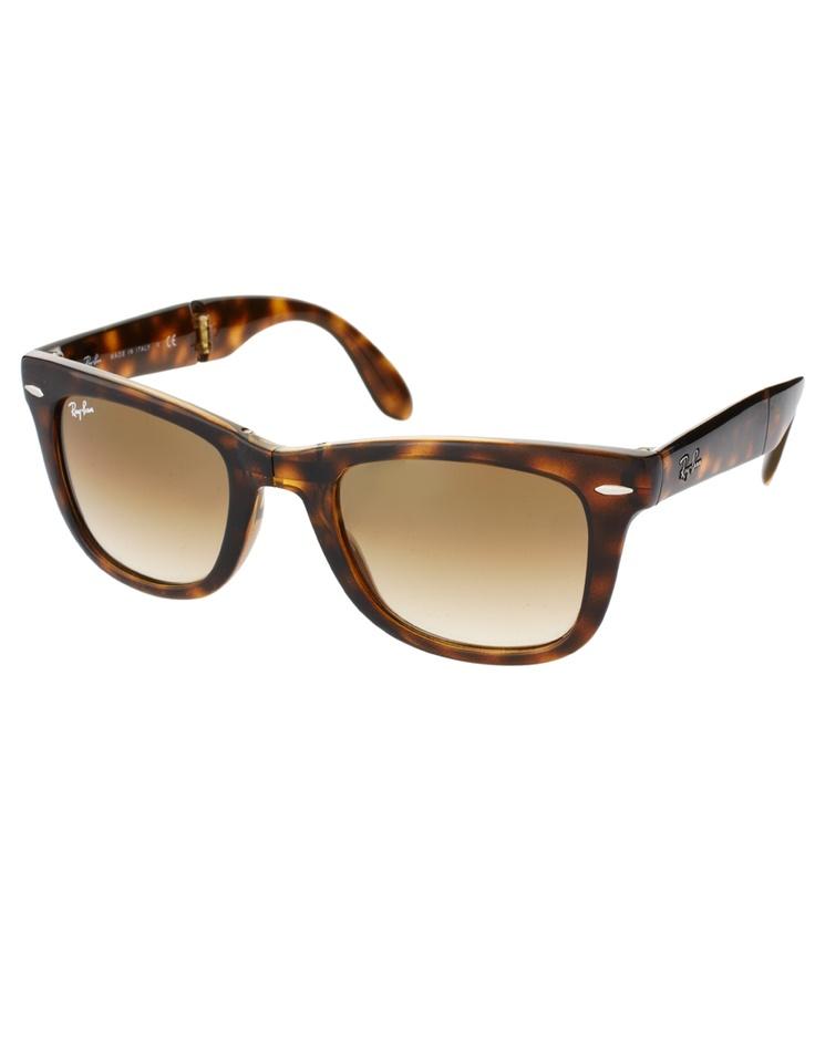 want want want. need need need.  love these.: Accessories Sunglasses, Fashion, Style, Enlarge Ray Ban, Tortoiseshell Ray Bans, Folding Wayfarer, Products, Wayfarer Sunglasses