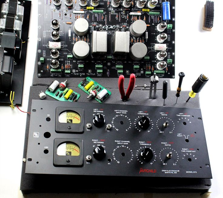 The DRIP Version 2 is a faithful re-creation of the Fairchild 670 compressor circuit. Our circuit follows the exact specifications of the 670 schematic. As with all DRIP products, there have been no alterations to the original design.