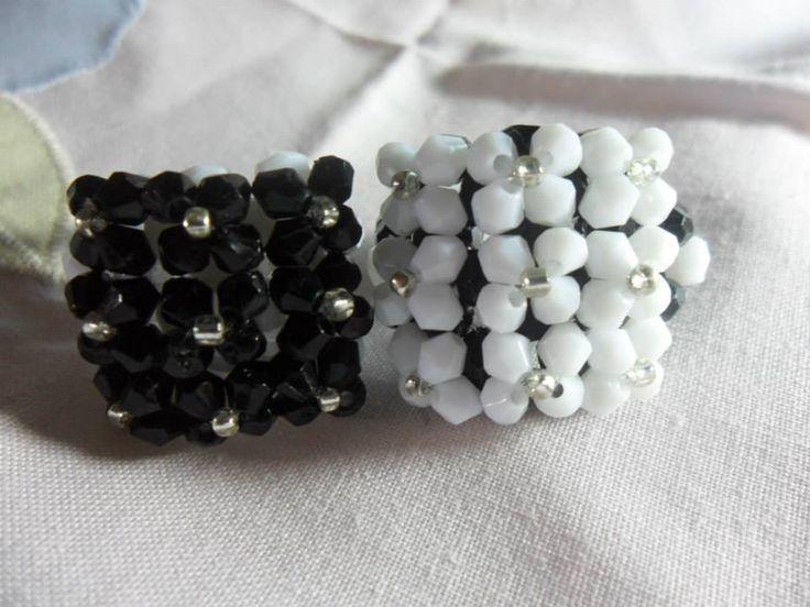 Anel preto e branco / branco e preto