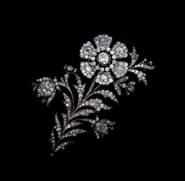 """ en tremblant "" Diamond spray brooch  circa 1830 (C)Regard Co.,Ltd"
